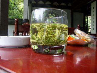 虎ホウ泉の茶館のお茶