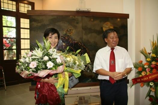 Saeko Ando and Dr. Binh