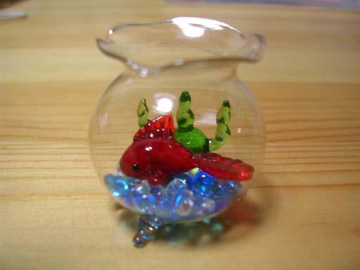 ガラスの金魚鉢.jpg