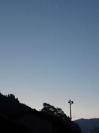 071108-下弦の月と金星