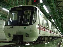 220px-Model_12-000_of_Toei_Transportation.jpg