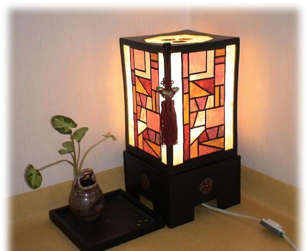 韓紙工芸-灯り(電気をつけると)