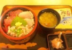 焼津三色丼