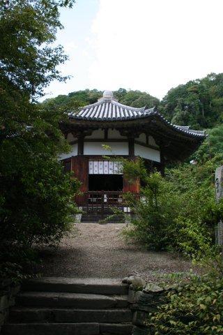 栄山寺円堂