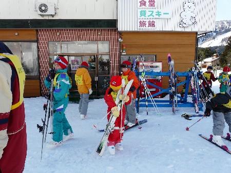 H20年スキーキャンプ 70団と合同 2月9日(土)~11日(月・祝日) 031.jpg