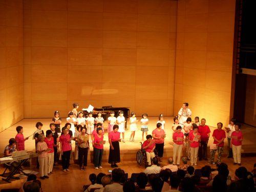 合唱団コラボ.JPG