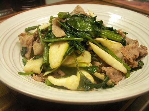 金針菜とマコモ茸の炒め物