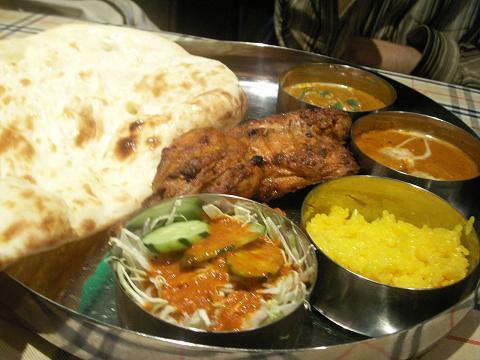 『本場インド料理 ナーナック』