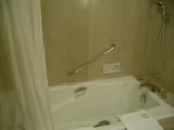 横浜ロイヤルパークホテル:バスルーム2:バスタブ