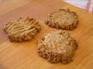 全粒粉100%のココナッツクッキー2