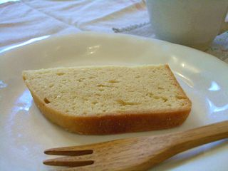 ホームベーカリーで作るオレンジリキュールのパウンドケーキ3