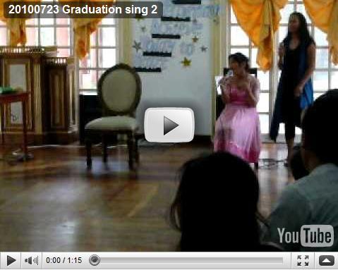 100723 Graduation sing 2