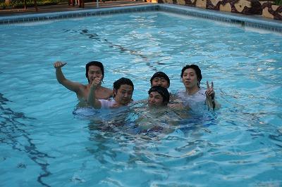 学校のプール03