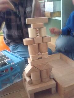 積み木遊びの風景
