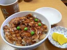 元祖豚丼のぱんちょう*松*極上ロース肉が4枚850円.JPG