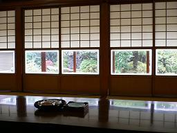 谷中*お寺さんの居間.JPG
