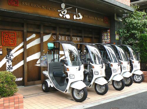 店頭バイク5台.jpg