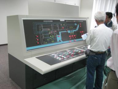 監視操作盤