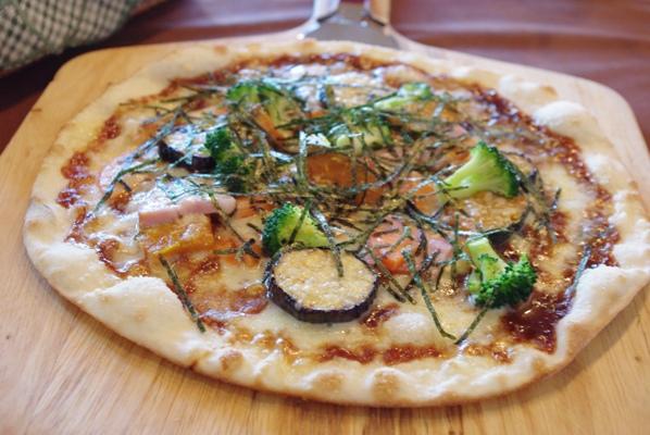 20101011 野菜と味噌のピッツァ.jpg