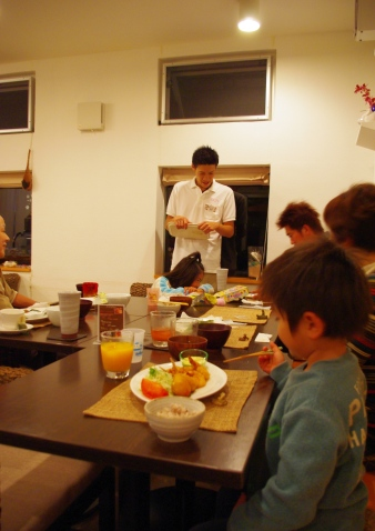 20110305 晩御飯の風景.jpg