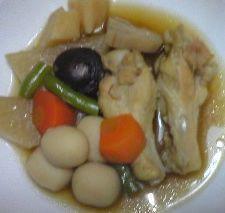 晩ご飯手羽煮物2