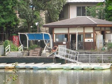 ボート小屋