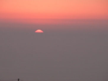 地中海に沈む太陽