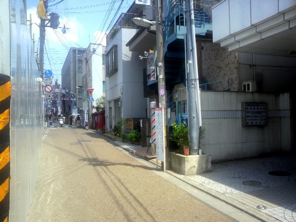 中街道角振町の風景ですが