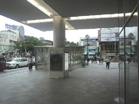 近鉄奈良駅ビルから見る行基広場