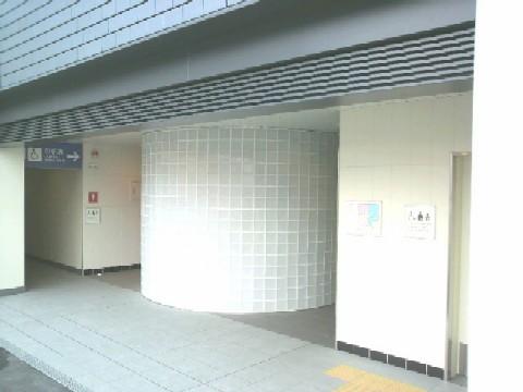 ようやく供用されたJR奈良駅公衆トイレ