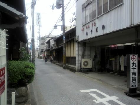 登録有形文化財旧井田邸に向かう道2
