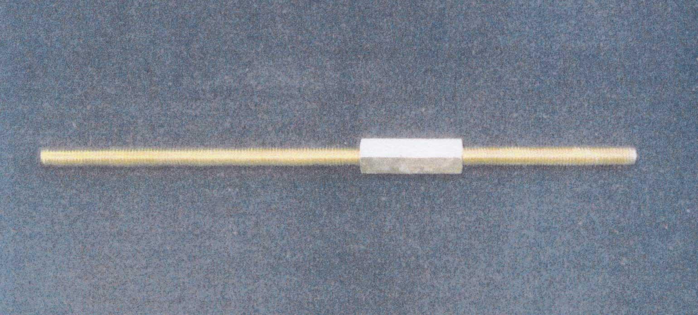 ボルト付き金属棒