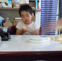 2010年8月パン作り(マボちゃん).jpg