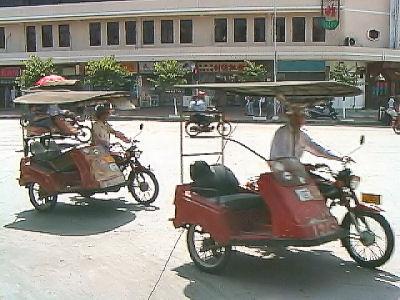 バイクタクシー.jpg