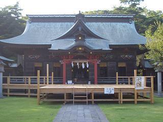 大洗磯前神社 拝殿.JPG
