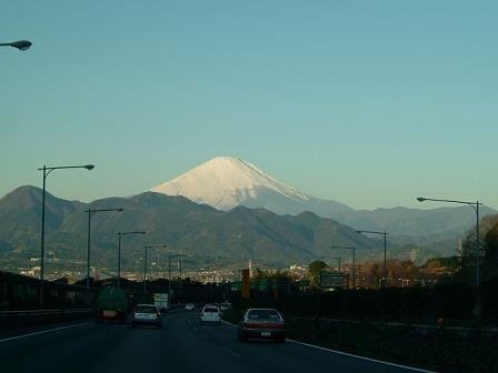 東名から富士山.jpg