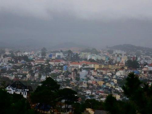 ベトナム・ダラットの街.jpg