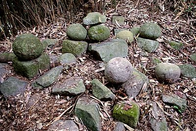 奥在屋にある武士の墓