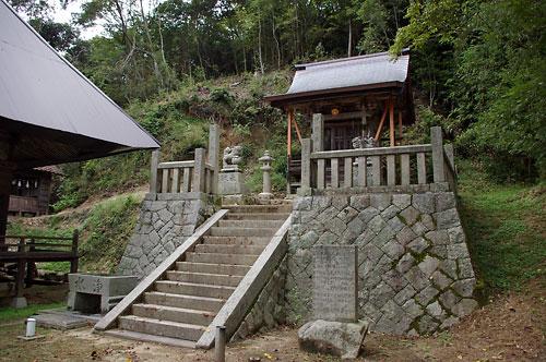 仁賀 萬福寺跡に鎮座する八坂神社
