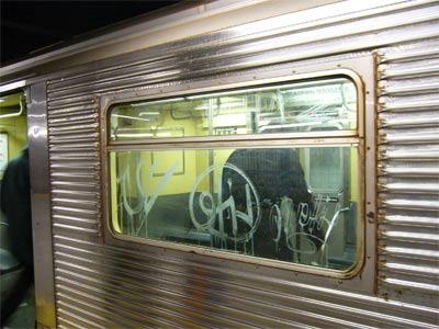 NYの地下鉄の落書き