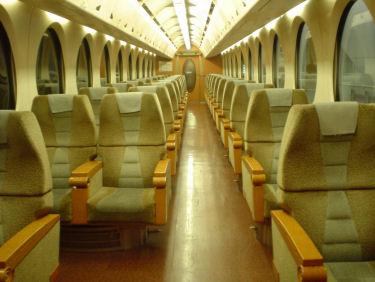 他に乗客の居ないスーパーシート