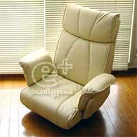 届いたリクライニングチェアー(回転座椅子)