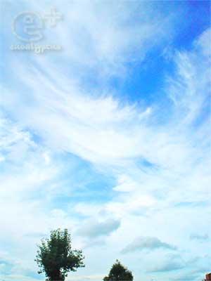 090729の昼間の空