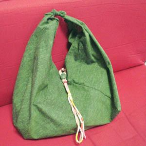 「さんかくみみバッグ」作り-4 まちを大きく縫い直して再度出来上がり