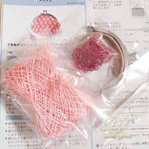 フェリシモの編み物キット(レース糸・ビーズ・がま口金)
