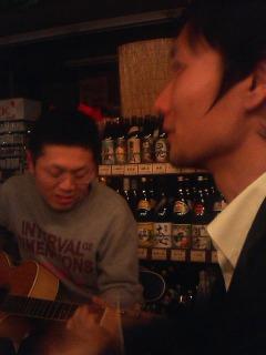 歌う酒屋さん☆
