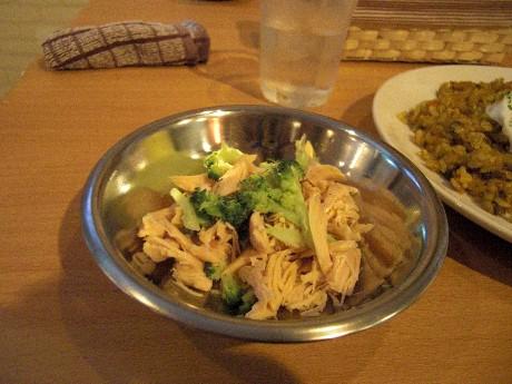 カフェ&バーViVi 「ササミと温野菜」