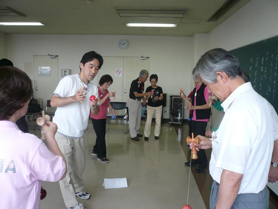 090921シニアクラス別の練習(初級者クラス).JPG