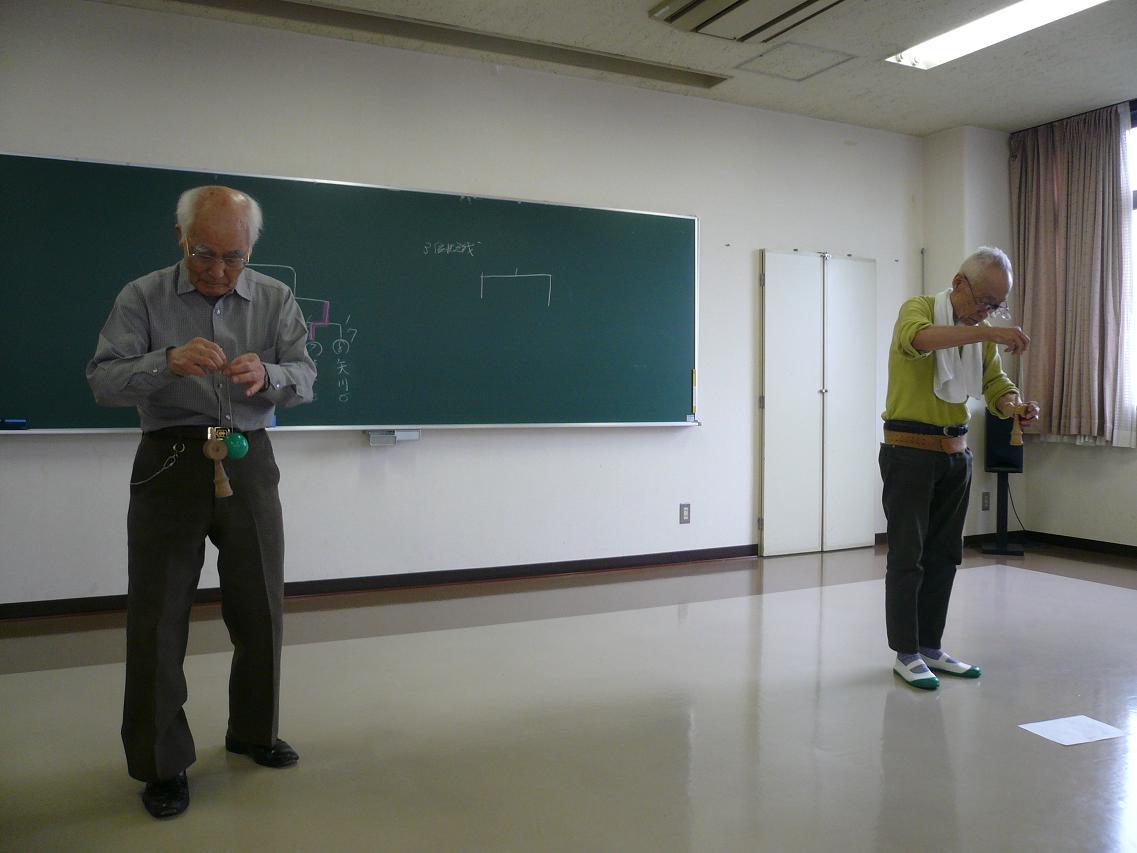 090614シニア80代どうしの対決.JPG