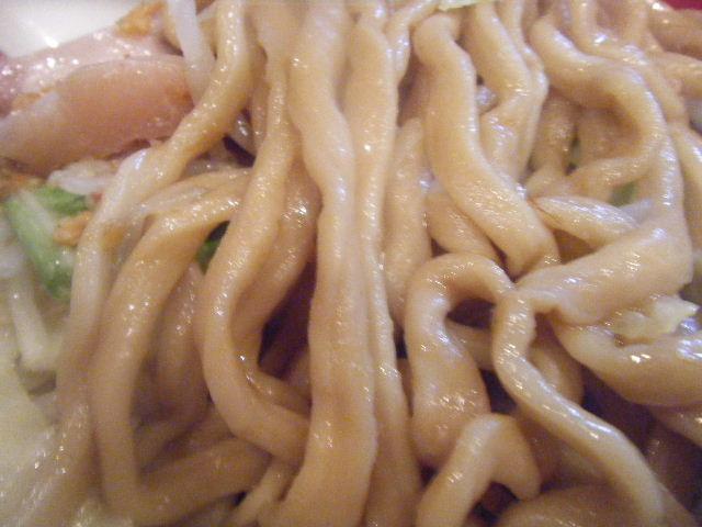 麺は安心して見てられる府中のゴリゴリ太麺♪